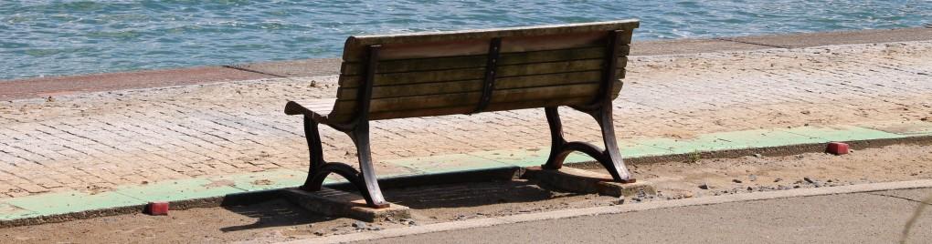【団員紹介】No.1453 海辺のベンチの思い出